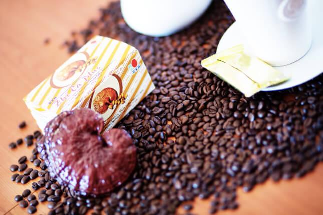 zhi-ca-kaves-cukorka