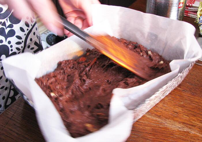 Csokis-diós muffin tepsiben sütve