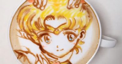 Sailor Moon latte art