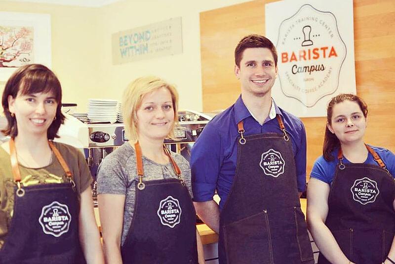 Elvégeztük a Latte Art képzést a Barista Campuson