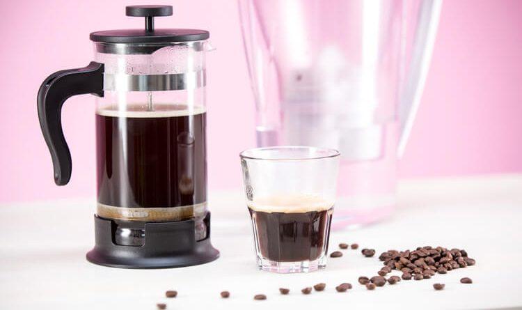 BWT vízszűrő kancsó, mellyel a kávé is aromásabb
