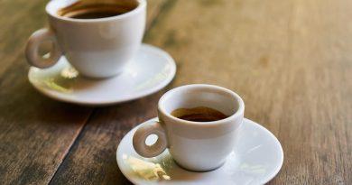 Hány csésze kávét ihatunk? Avagy a napi ajánlott koffeinbevitel mennyisége.