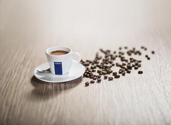 Koffeinmentes kávé aromája